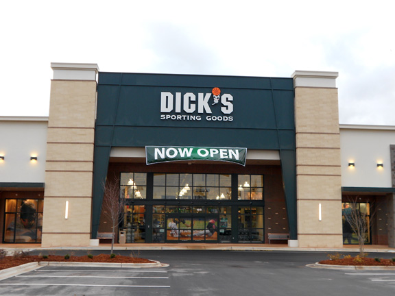 DICK'S Sporting Goods Store in Holly Springs, NC