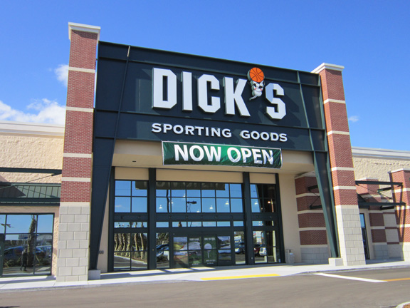 Store front of DICK'S Sporting Goods store in Jacksonville, FL