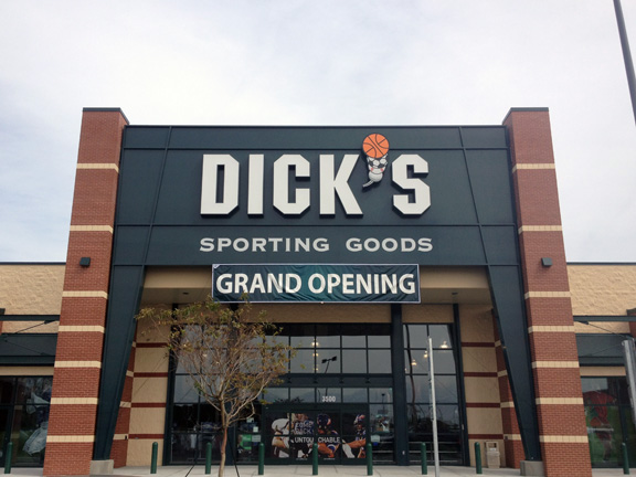 DICK'S Sporting Goods Store in Greenville, NC