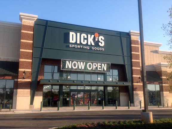 DICK'S Sporting Goods Store in Athens, GA | 1068
