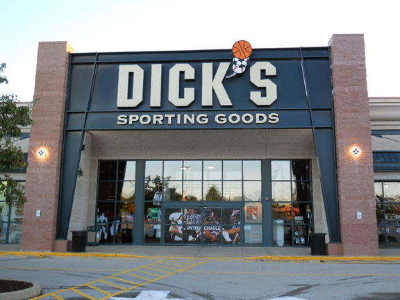 Store front of DICK'S Sporting Goods store in Greensburg, PA