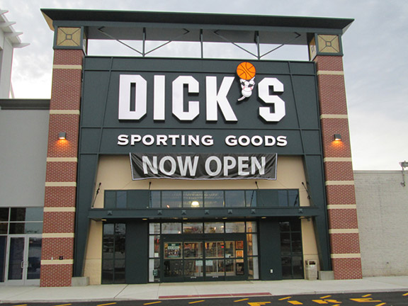 DICK'S Sporting Goods Store in King Of Prussia, PA