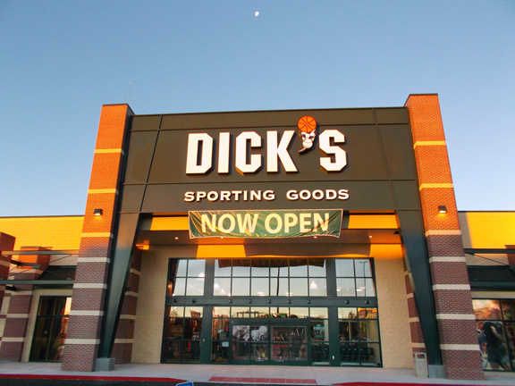 Store front of DICK'S Sporting Goods store in Casper, WY