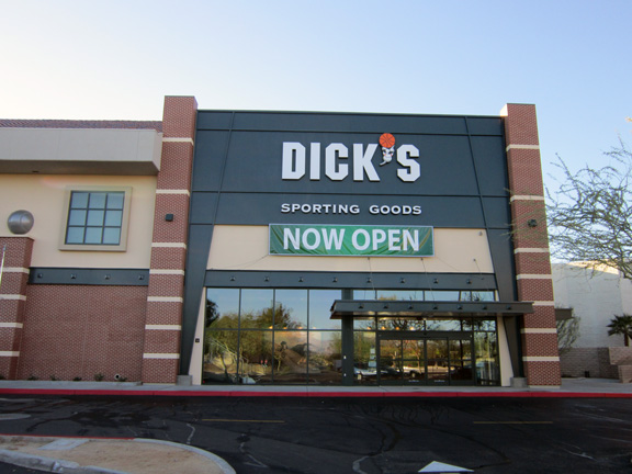 DICK'S Sporting Goods Store in Palm Desert, CA