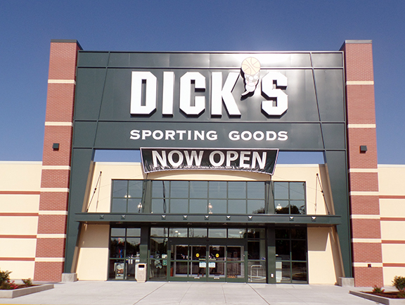Store front of DICK'S Sporting Goods store in Lawrence, KS