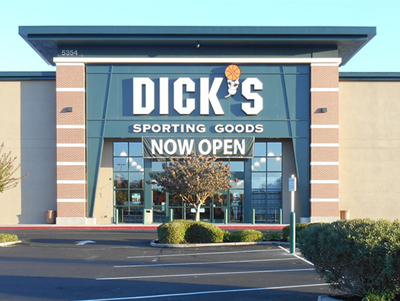 Store front of DICK'S Sporting Goods store in Stockton, CA