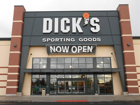 Store front of DICK'S Sporting Goods store in Burlington, WA