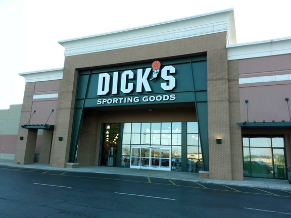 DICK'S Sporting Goods Store in Chattanooga, TN