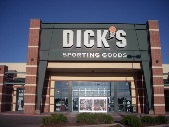 Store front of DICK'S Sporting Goods store in Wichita, KS