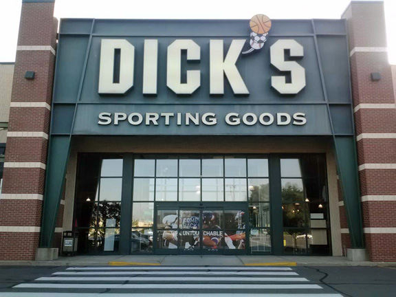 DICK'S Sporting Goods Store in Enfield, CT