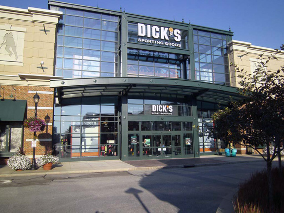 Store front of DICK'S Sporting Goods store in Westlake, OH
