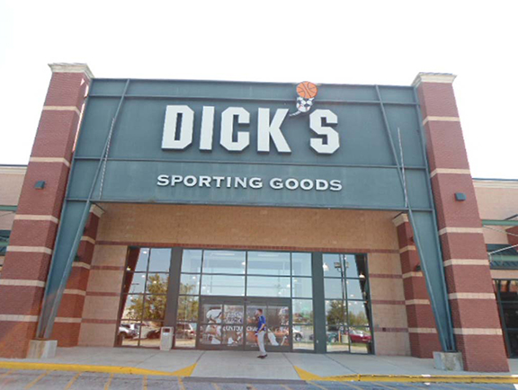 DICK'S Sporting Goods Store in Avon, IN