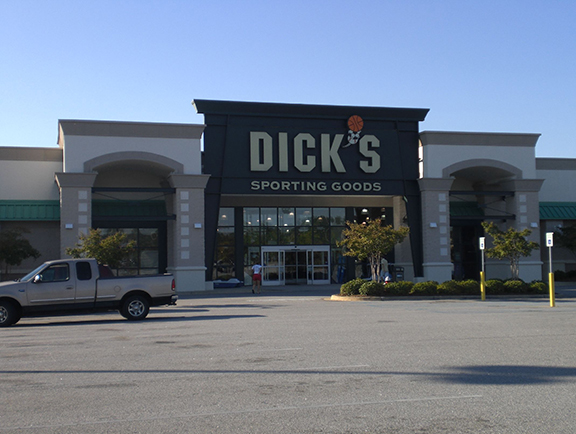 Store front of DICK'S Sporting Goods store in Columbia, SC