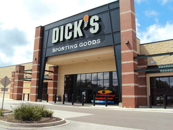 Store front of DICK'S Sporting Goods store in Orange Park, FL