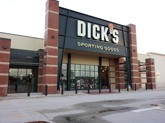 Store front of DICK'S Sporting Goods store in Melbourne, FL