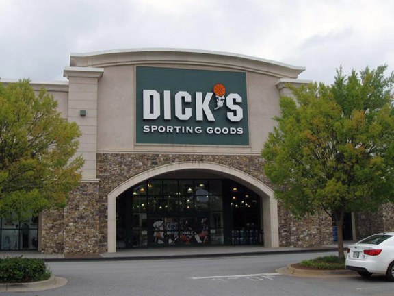 Store front of DICK'S Sporting Goods store in Newnan, GA