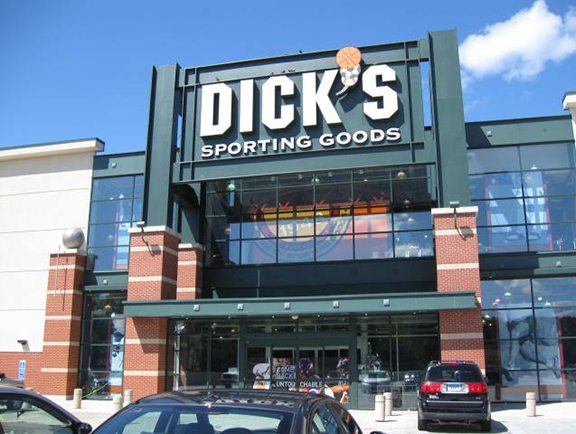 Store front of DICK'S Sporting Goods store in Milford, CT