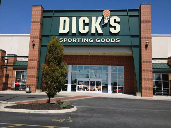 Store front of DICK'S Sporting Goods store in Grove City, OH
