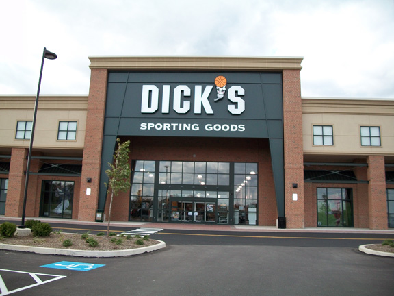 Store front of DICK'S Sporting Goods store in Collegeville, PA