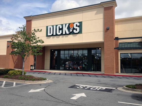 DICK'S Sporting Goods Store in Fayetteville, GA