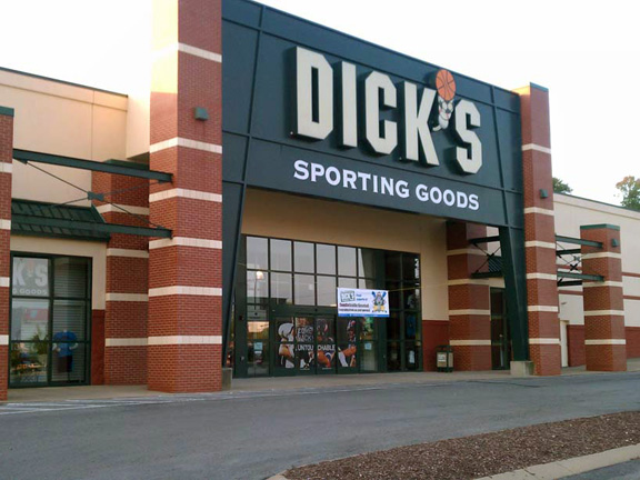 DICK'S Sporting Goods Store in Madison, TN
