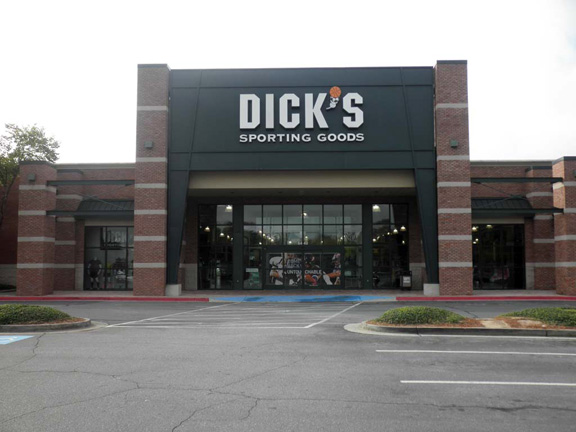 Store front of DICK'S Sporting Goods store in Alpharetta, GA