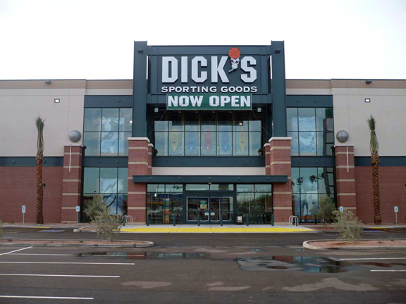 DICK'S Sporting Goods Store in Tempe, AZ