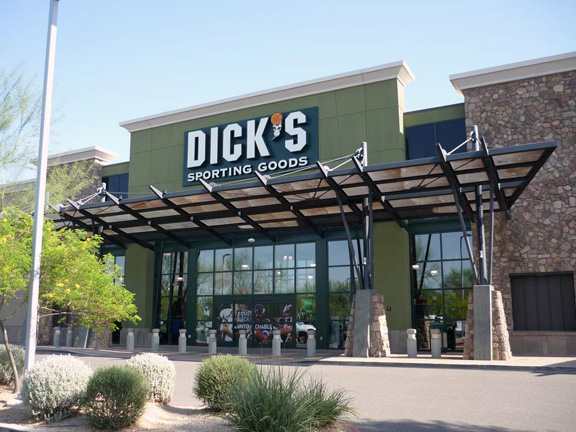 Store front of DICK'S Sporting Goods store in Phoenix, AZ