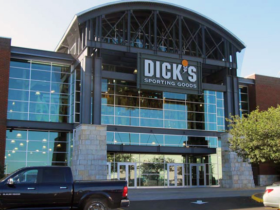 Store front of DICK'S Sporting Goods store in Indianapolis, IN