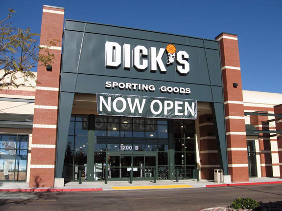 Store front of DICK'S Sporting Goods store in Escondido, CA