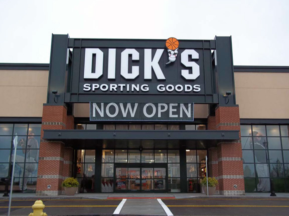 DICK'S Sporting Goods Store in Danbury, CT