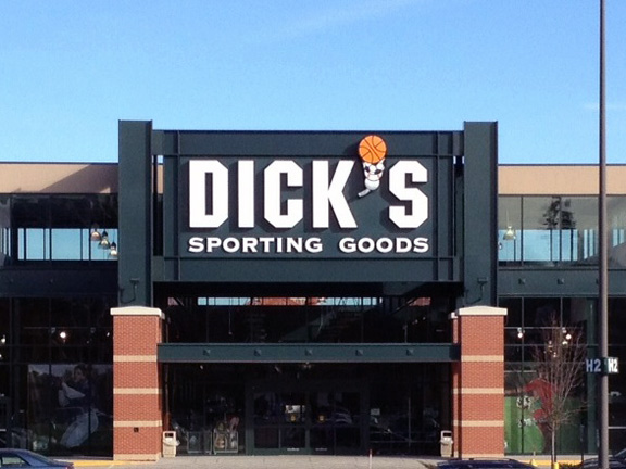 DICK'S Sporting Goods Store in Nashua, NH
