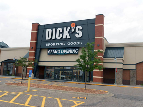 Store front of DICK'S Sporting Goods store in Coon Rapids, MN