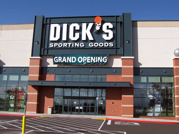 DICK'S Sporting Goods Store in Layton, UT