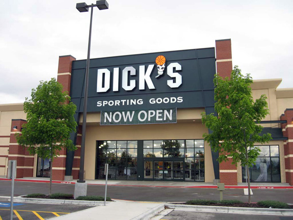 DICK'S Sporting Goods Store in Meridian, ID