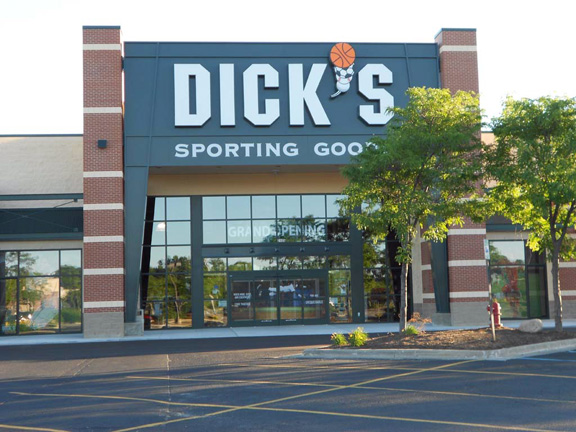 DICK'S Sporting Goods Store in Bloomfield, MI