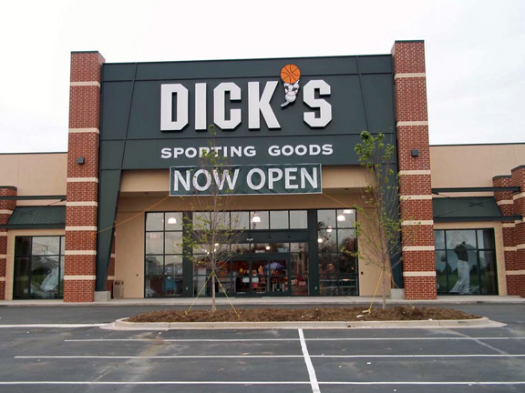 Dick's sporting goods hiring retail sales associate