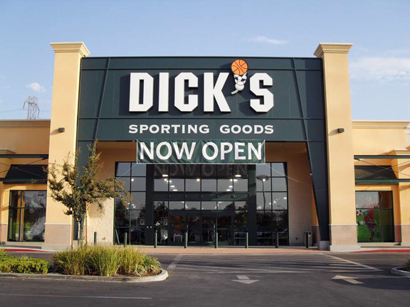 Store front of DICK'S Sporting Goods store in Bakersfield, CA