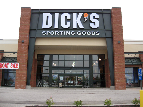 Store front of DICK'S Sporting Goods store in Florence, KY