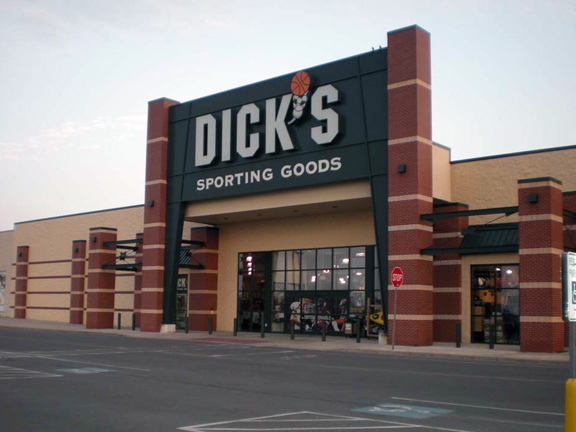 DICK'S Sporting Goods Store in Auburn, NY