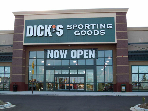 DICK'S Sporting Goods Store in Grafton, WI