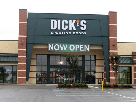 DICK'S Sporting Goods Store in Macon, GA