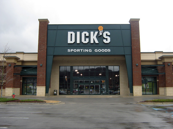 Store front of DICK'S Sporting Goods store in Huntsville, AL