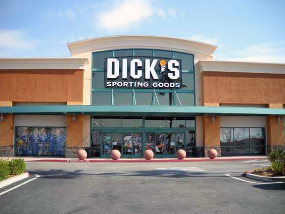DICK'S Sporting Goods Store in Upland, CA