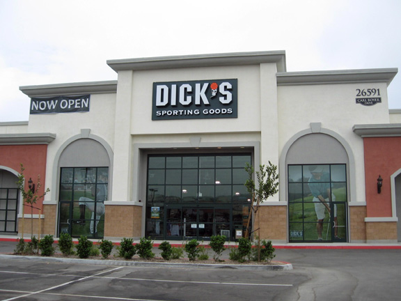 Store front of DICK'S Sporting Goods store in Santa Clarita, CA